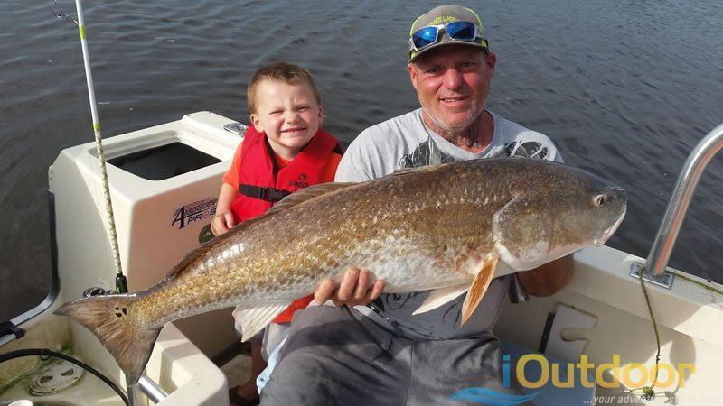 Trophy-Florida-Redfish-Fishing-